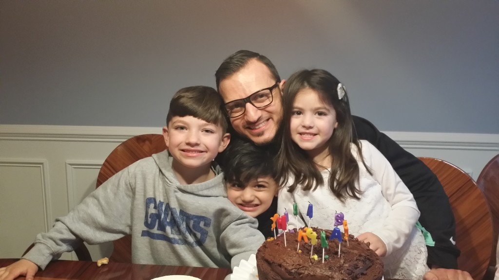 Mousa Celebrates His 34th Birthday With His Three Children